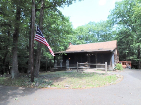 Property at 610 Hemlock Dr.
